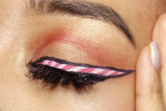 candy cane red makeup holiday look beauty blogger